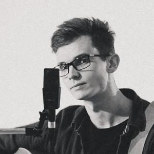 Dominik Gabriel - hudobník, vedúci chvál